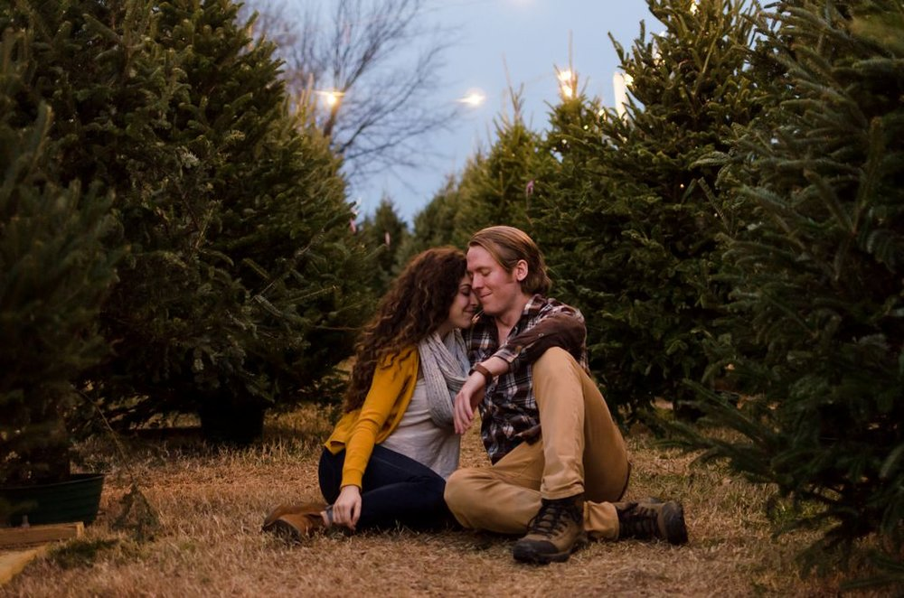 Tom-Hannah-Winter-Christmas-Tree-Farm-Engagement-Session-Nashville-Wedding-Photographers+18