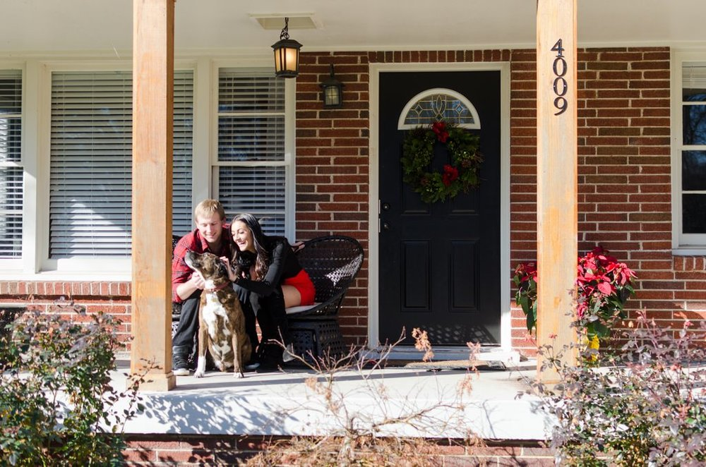 Couple-and-pet-In-Home-Christmas-Pictures-Nashville-Lifestyle-Photographer+2