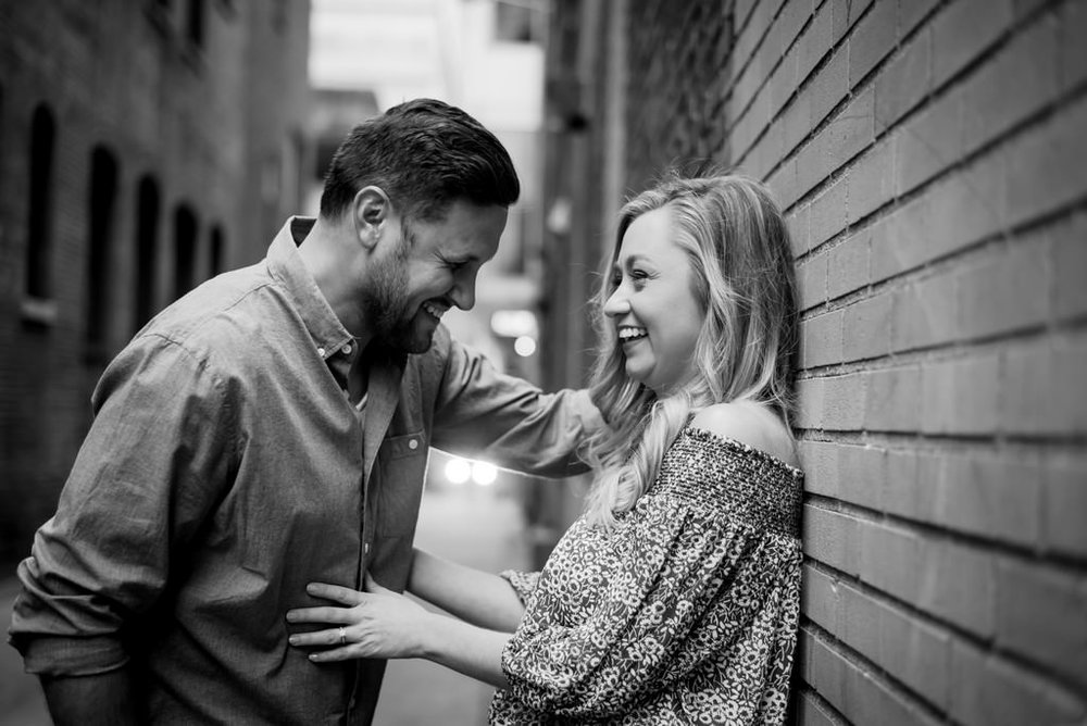 Downtown-Nashville-City-Engagement-Session-Nashville-Wedding-Photographer+9