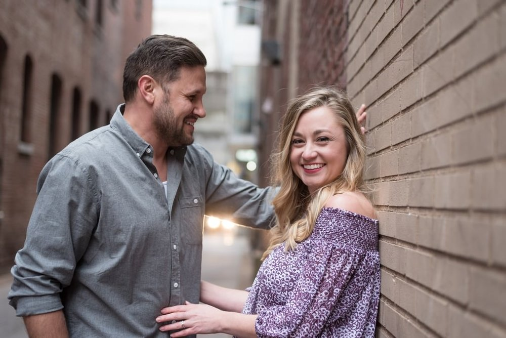 Downtown-Nashville-City-Engagement-Session-Nashville-Wedding-Photographer+10