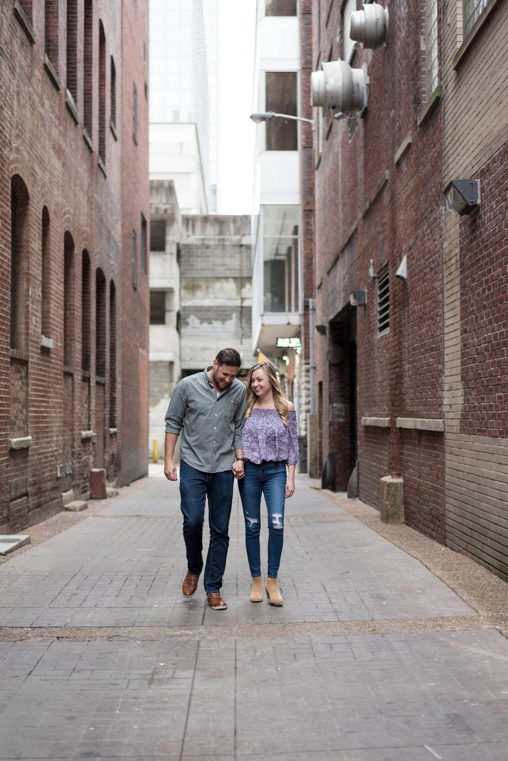 Downtown-Nashville-City-Engagement-Session-Nashville-Wedding-Photographer+12