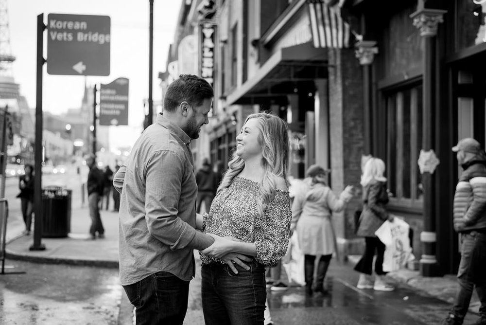 Downtown-Nashville-City-Engagement-Session-Nashville-Wedding-Photographer+15