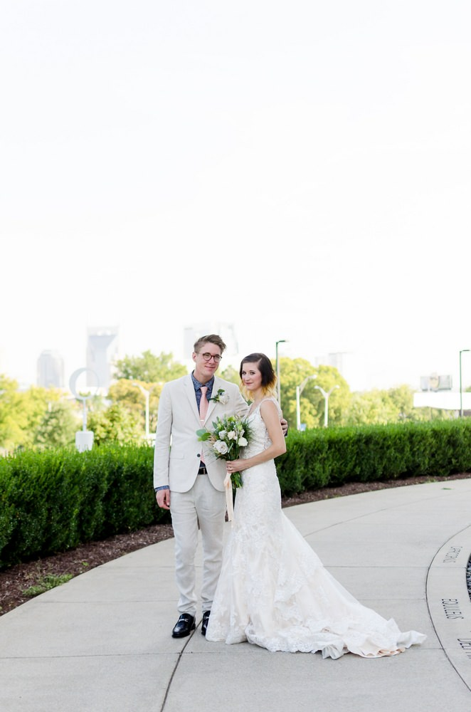 Nashville-wedding-photographers-Downtown-Nashville-Adventure-Science-Center-Wedding