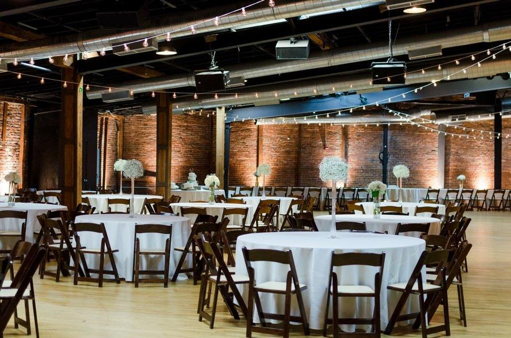 Scarritt-Bennett-Tennessee-Fall-Wedding-Nashville-Wedding-Photographers+17