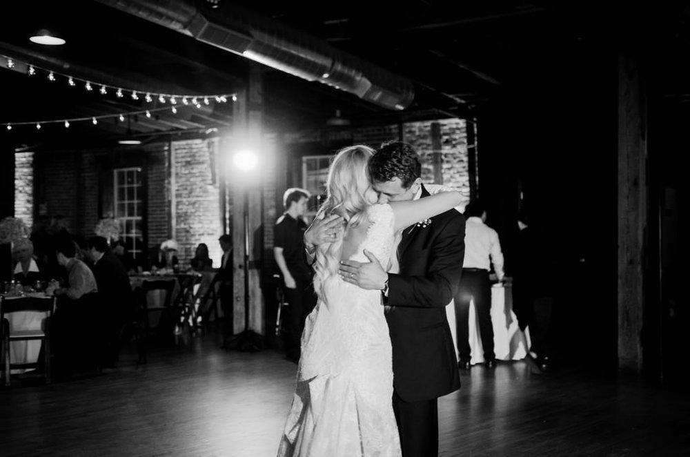 Scarritt-Bennett-Tennessee-Fall-Wedding-Nashville-Wedding-Photographers+21