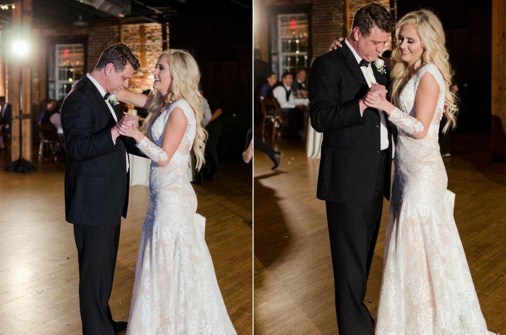 Scarritt-Bennett-Tennessee-Fall-Wedding-Nashville-Wedding-Photographers+22