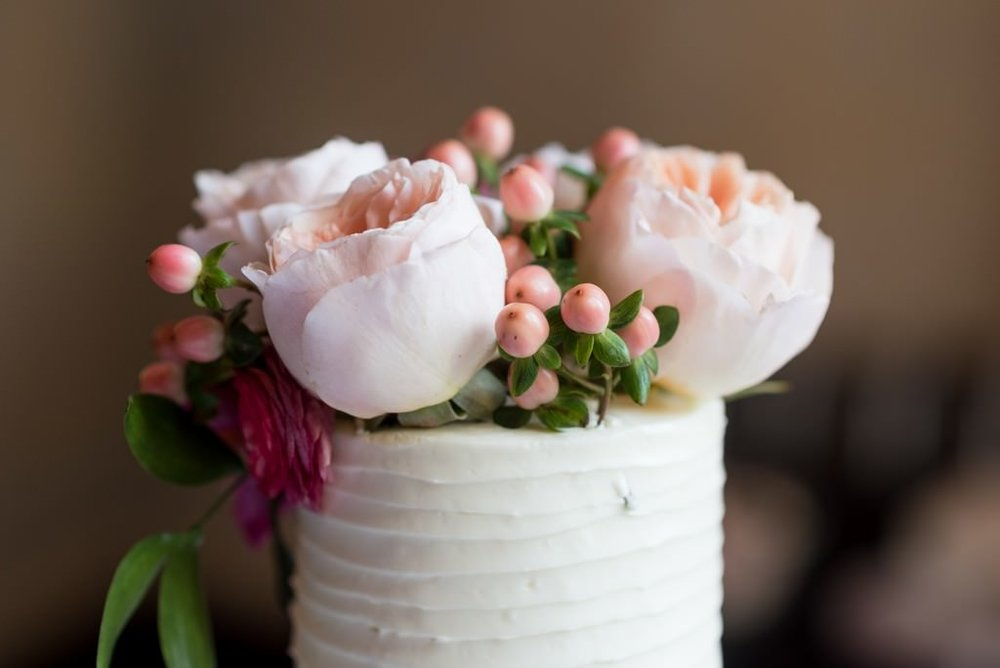 Madison-and-Bo-Riverwood-Mansion-Intimate-Garden-Elopement-Nashville-Wedding-Photographers+2
