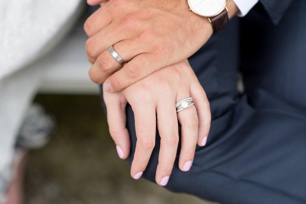 Madison-and-Bo-Riverwood-Mansion-Intimate-Garden-Elopement-Nashville-Wedding-Photographers+23
