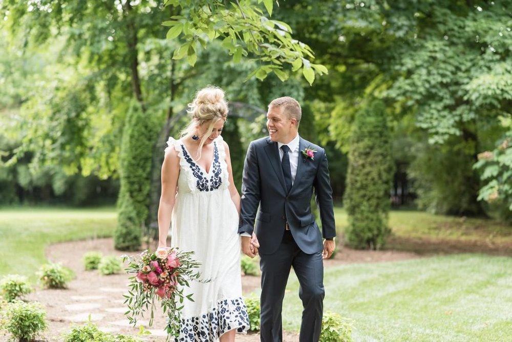 Madison-and-Bo-Riverwood-Mansion-Intimate-Garden-Elopement-Nashville-Wedding-Photographers+25