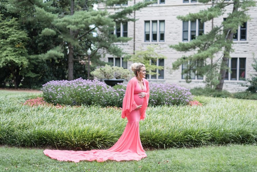 Vanderbilt-University-Nashville-Maternity-Princess-Themed-Photography-Session-Middle-Tennessee-Lifestyle-Photographer+5