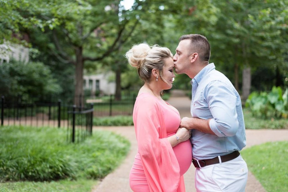 Vanderbilt-University-Nashville-Maternity-Princess-Themed-Photography-Session-Middle-Tennessee-Lifestyle-Photographer+9