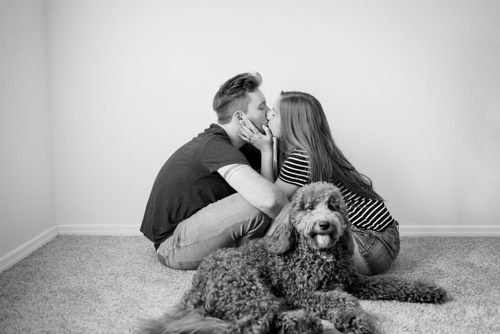 Emily-and-David-In-Home-Apartment-Move-In-Engagement-Session-Nashville-Wedding-Photographers+15