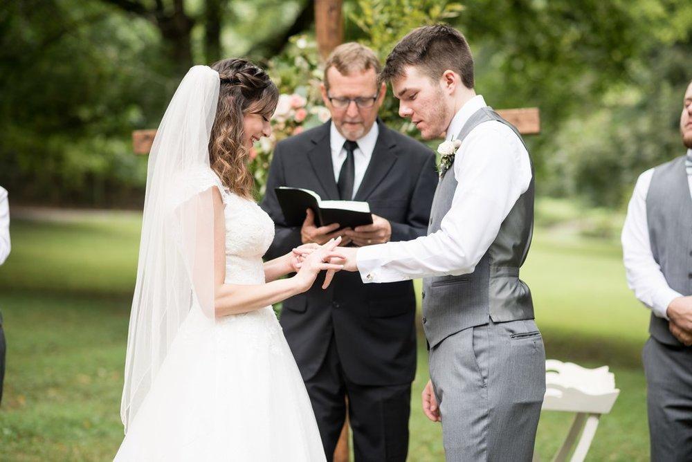 Outdoor-Summer-Wedding-Thompson-Station-Park-Nashville-Wedding-Photographer+29
