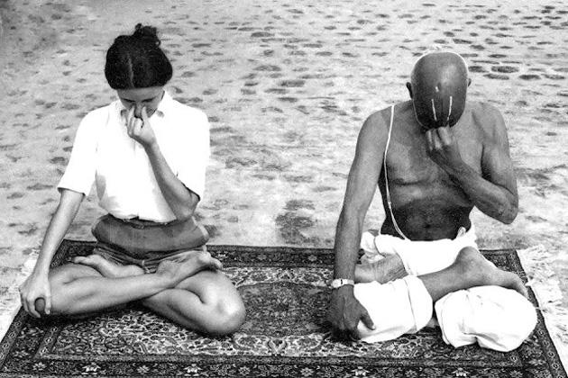 Photo of Sri. T. Krishnamacharya teaching his student a pranayama.