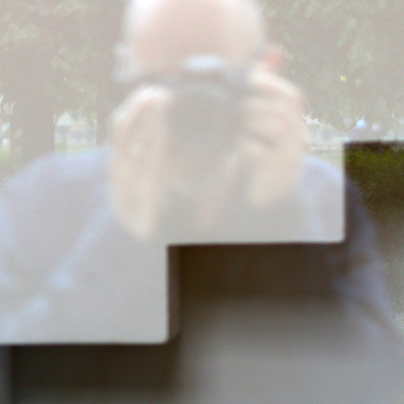 sc0000tt-portrait.jpg