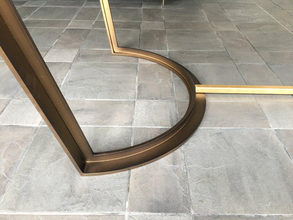 Tavolo Foglia Oro - Struttura sx.JPG