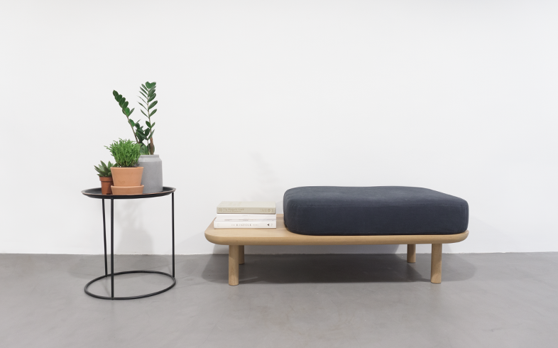 Iroko Daybed