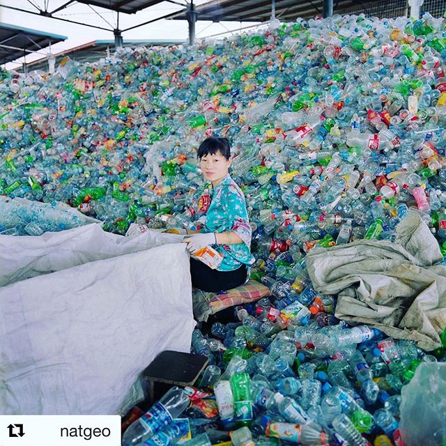 Wow what a process to recycle the bottle properly. Another solution would be to not buy it and refill! #savewater #drinkair #noplastic . . #Repost @natgeo ・・・ Sun Xueli is wearing a blouse involuntarily assorted with the mountain of plastic bottles that surround her. Her work is to detach the paper strips and sort the plastic bottles by color. When the bottles arrive to her, at the colleting point in Hua Jü Yuan in the south of Beijing, they have already passed trough three stages: the migrant worker that collects them in the road, the intermediary that has bought them and then sold them in bulk to the contractor that rents this space from the state owned company China Recycling Development Corporation. CRDC will then sell the sorted bottles to a factory in the south of China that will eventually recycle them. / Photo by @paolowoods  #china #planetorplastic #plastic #nationalgeographic #noplastic