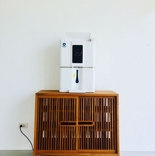 Our Aero20 makes up to 20L of premium alkaline water straight from the air every day. Never buy plastic bottled drinking water AGAIN!  Perfect for any home, villa or office. Dehumidify and purify the air at the same time. . Only THB40,000 ex VAT, including 2 years warranty, the first filter change and free delivery in Phuket. Contact us now info@generationwater.com for more information. 💙🙏🏻 #savewater #drinkair #noplastic