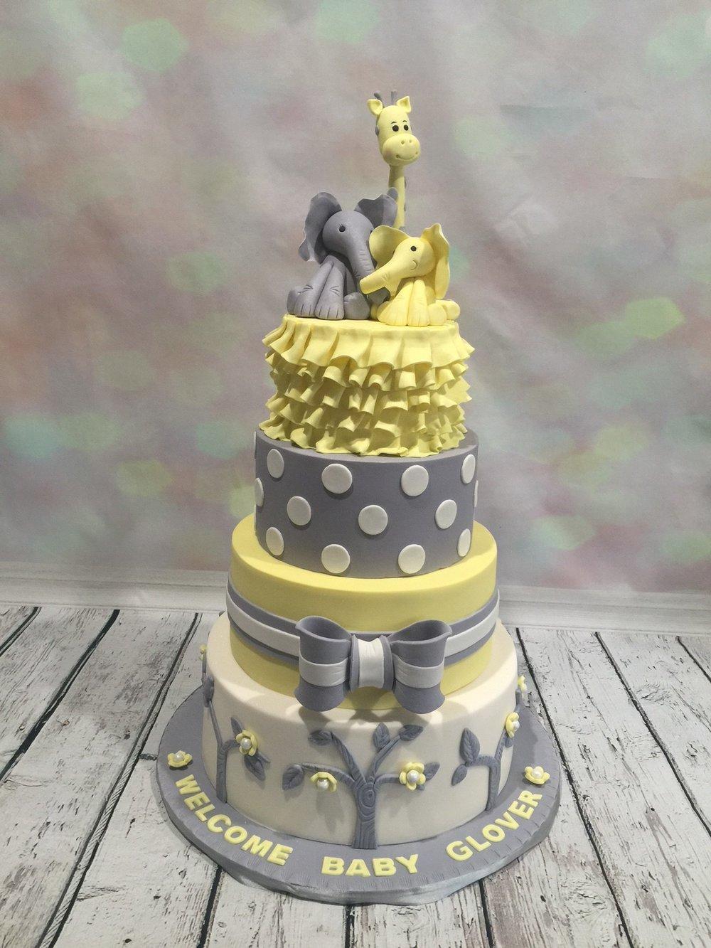 Yellow-and-grey-elephant-and-giraffe-baby-shower-cake.JPG