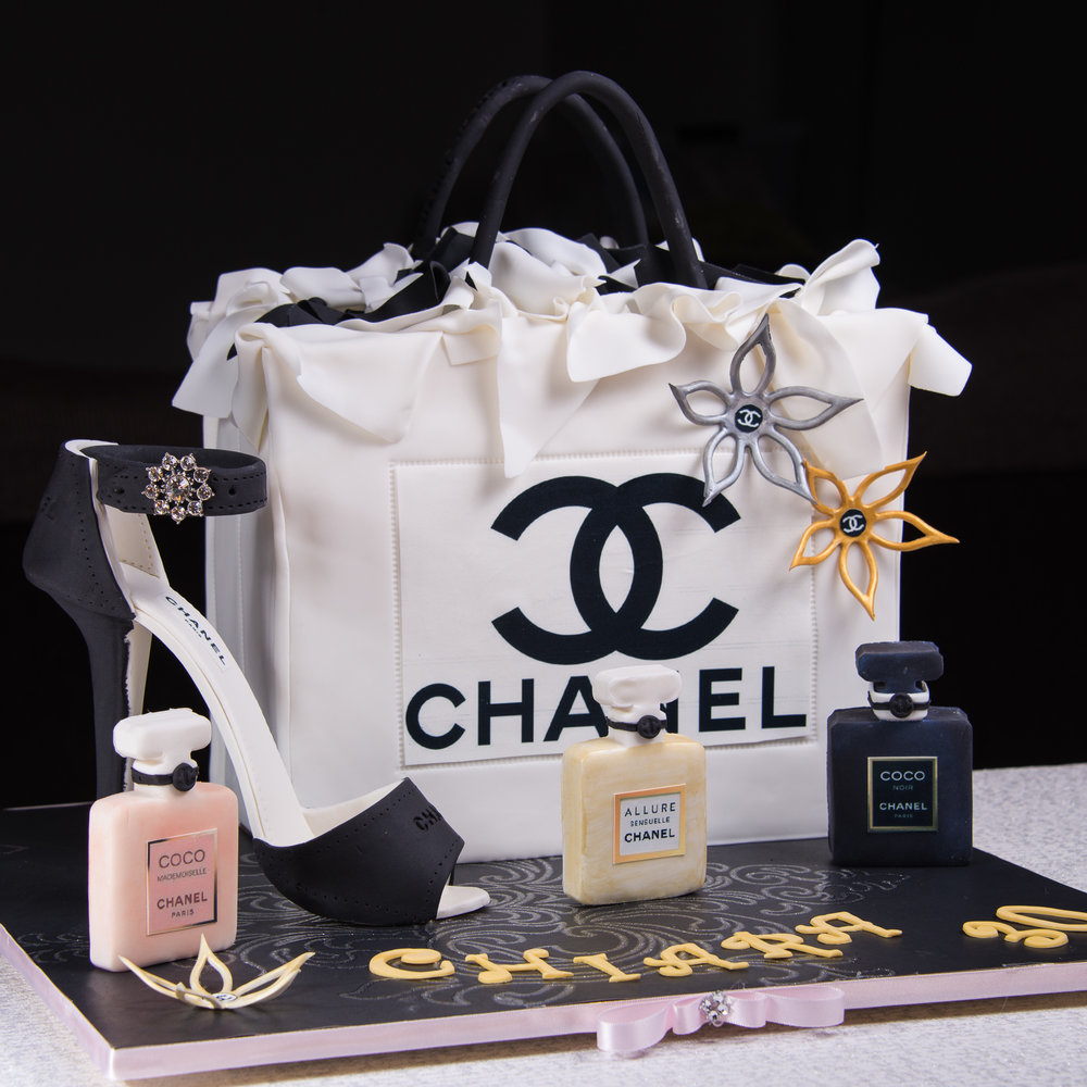 Designer-Shopping-Bag-Birthday-Cake.jpg