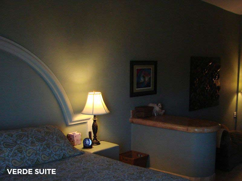 - Verde SuiteKing-sized bed and en suite bathroomPair of RoomsEach with queen-sized bed and shared bathroom