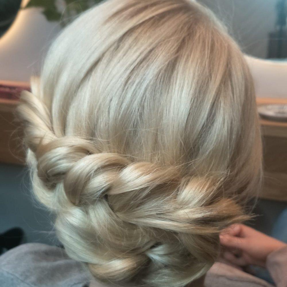 hairdresser-lane-cove-upstyle.jpeg