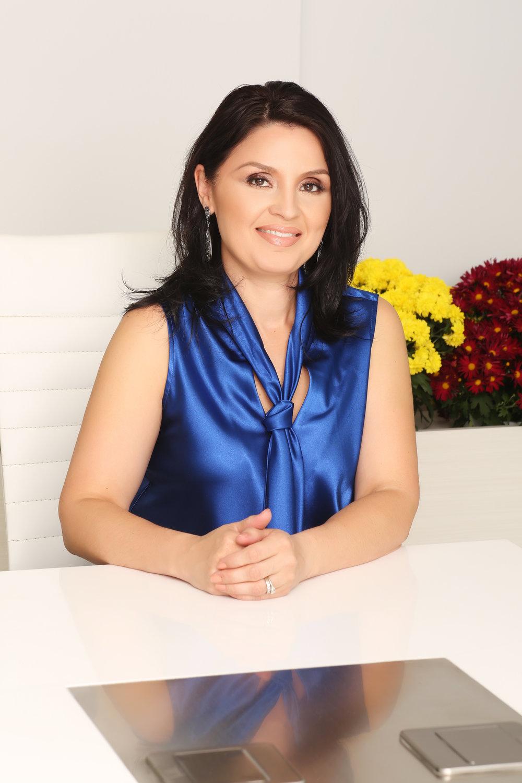 Luz Morales (Outreach Director)