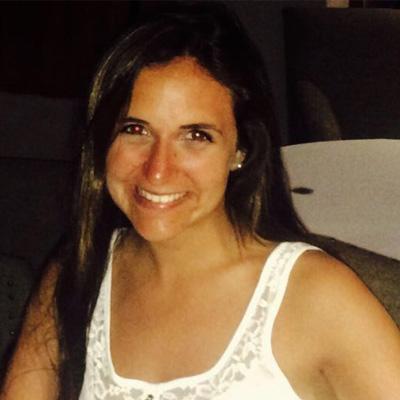 María Paula Stella (Ideación y co-creación)   Economista, FRM. Estudiante de Doctorado en Finanzas en Université Toulouse, Francia.