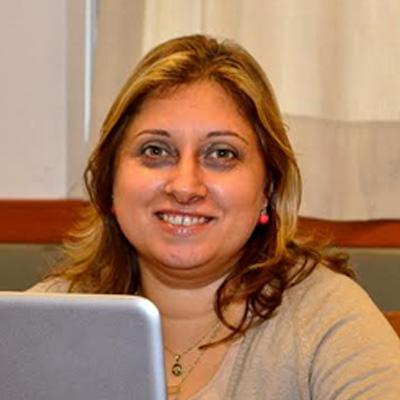 María Messina (Ideación y Co-creación) Coordinadora Emprenur.