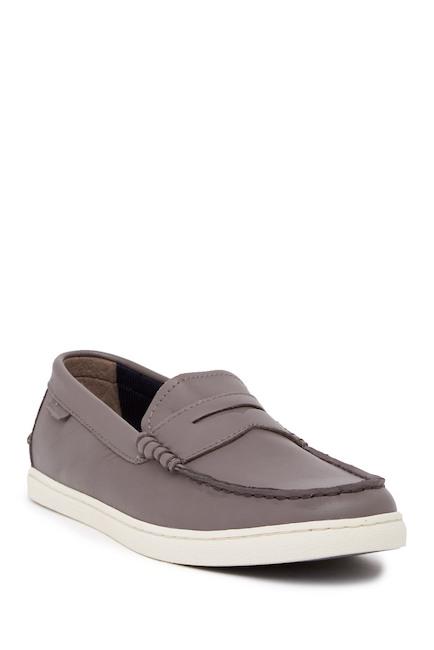 Slip-on Kicks