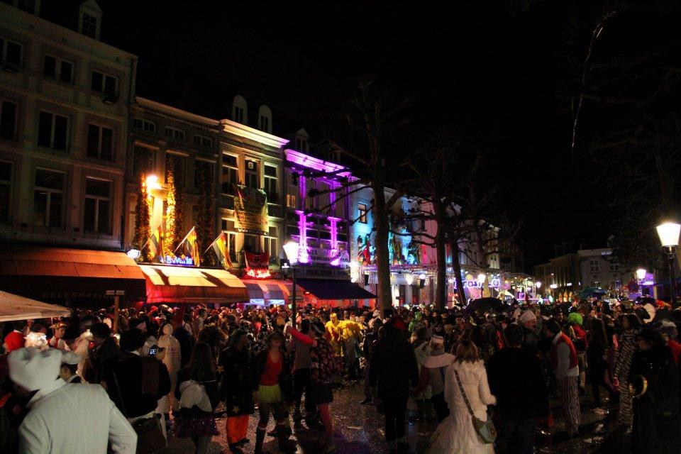carnival-night.jpg