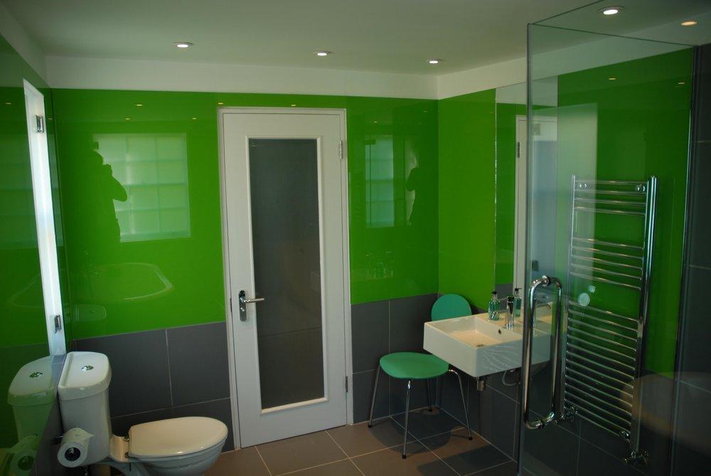 bath-green.JPG