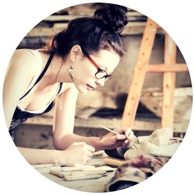 studiogirl.jpg