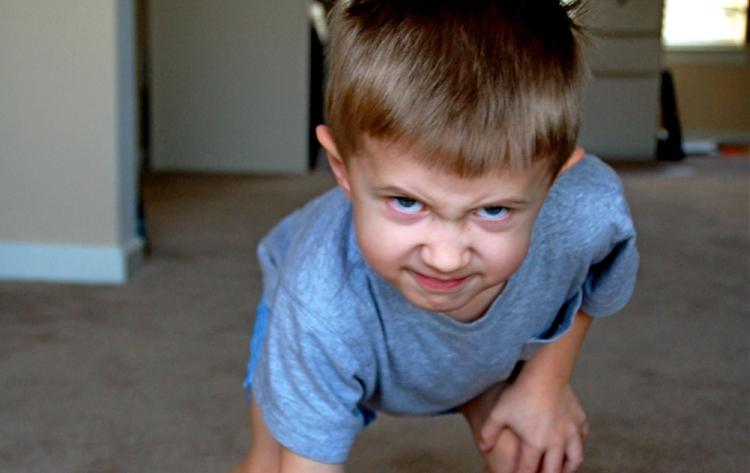 kid-playing-football.jpg