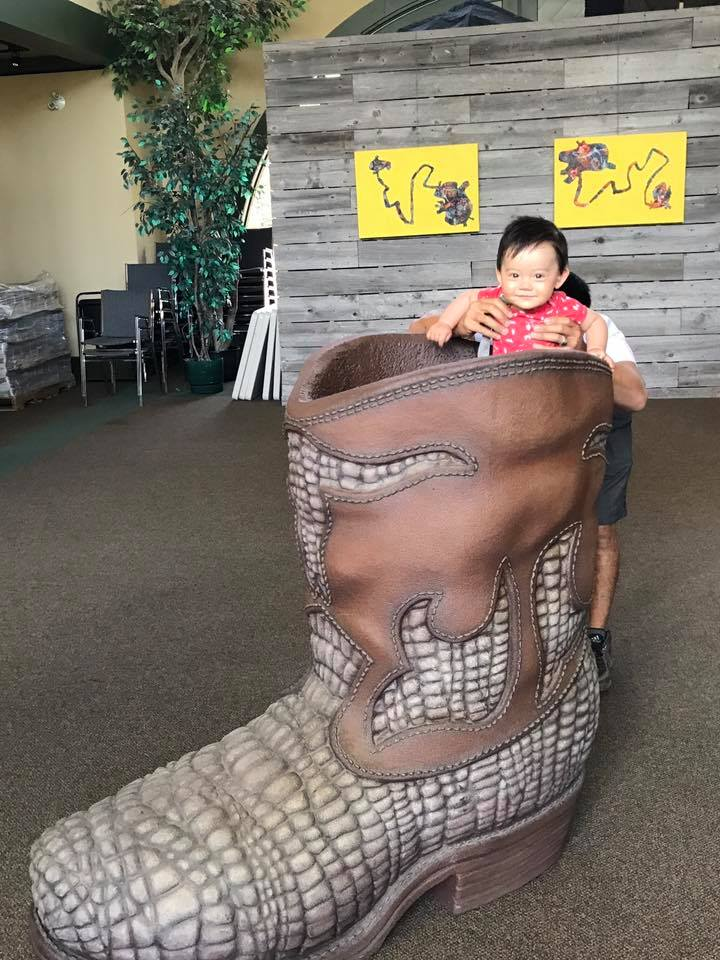 We considered going to the carriage museum in Cardston, but decided to just take a picture of a giant cowboy boot instead.