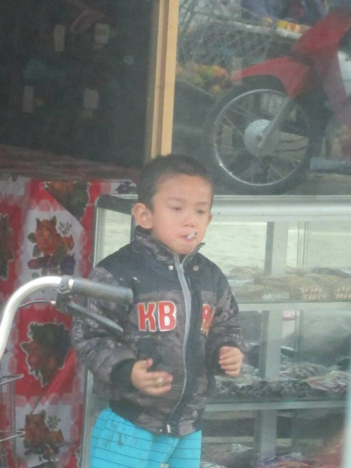 Kids start smoking early in Vietnam!