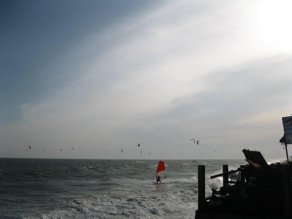 Kite boarders galore in Mui Ne