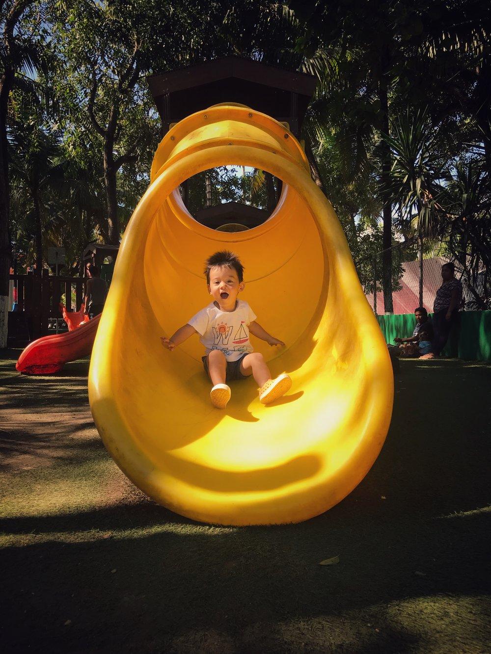 Dos Aguas Park has some excellent slides for little kids.