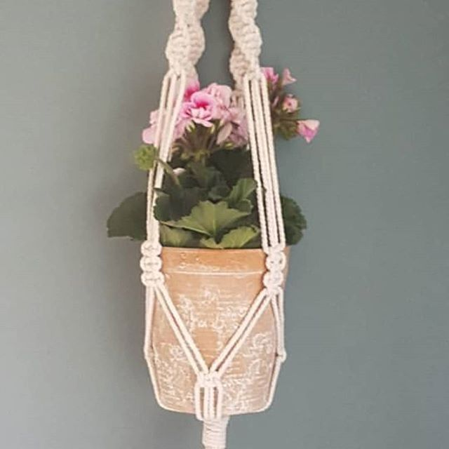 //Macrame Workshop\\ Saturday 13th April in The Grand Vault, The Old Courts, Wigan. Subject to availability. The class starts at 10am and all materials are provided to make a lovely plant hanger as pictured 💕 tickets are available now through eventbrite and Facebook. Full details are listed via Wigan Arts Festival x