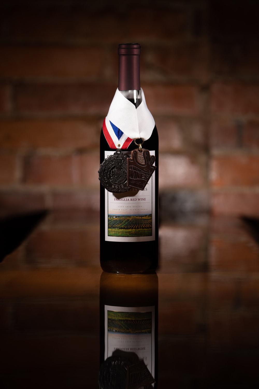 Famiglia_Red_Wine_Medal.jpg