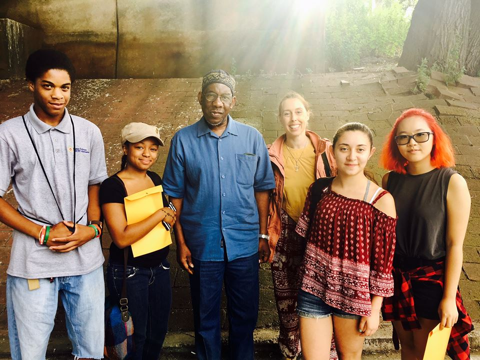 Jazz legend Jesse Hameen II with some of the summer fellows. Site Projects Photo.