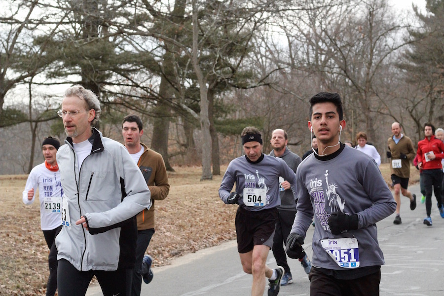 Mohanad Mahmood (right) heads into the final stretch. To his left is Hamdenite David Rabinowitz