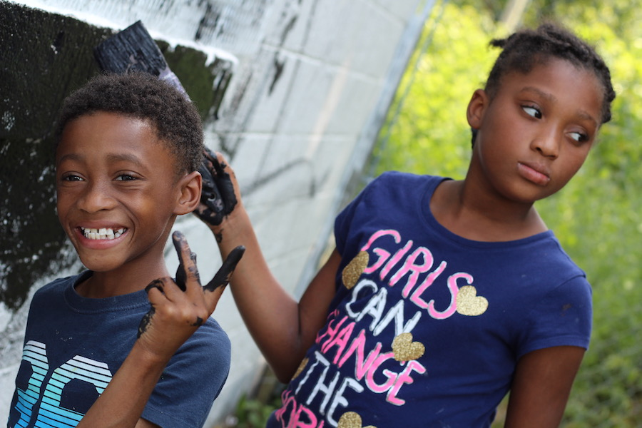 10-year-old twins Ayana and Maquas Baldwin. Lucy Gellman Photos.