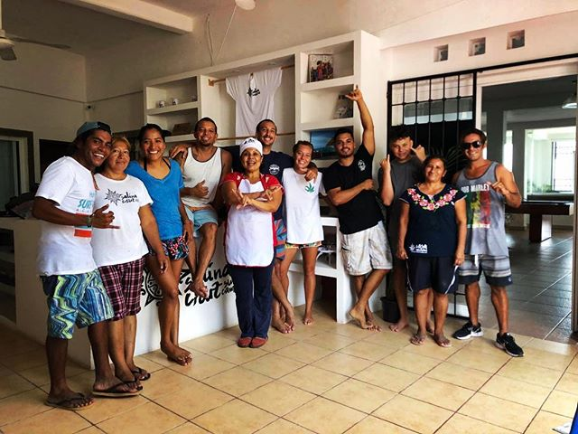 The supercrew of Casa Mirador.  #goingtheextramile  #goldencircle  @salinacruzsurfcamp  We don't feel we are working cause we love what we do and do what we #love