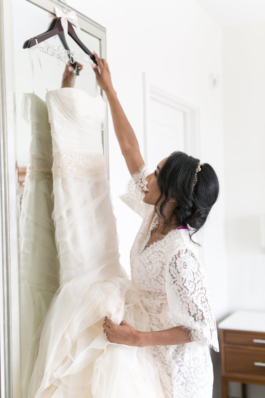 Alfond Inn wedding with Vera Wang wedding dress and lace robe