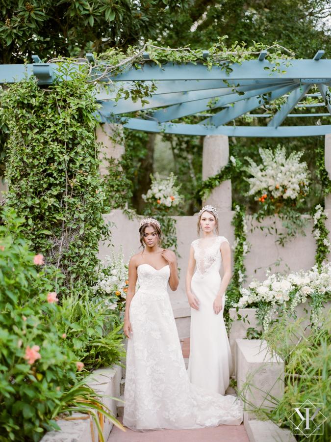 garden wedding ines di santo bride raining roses orlando wedding