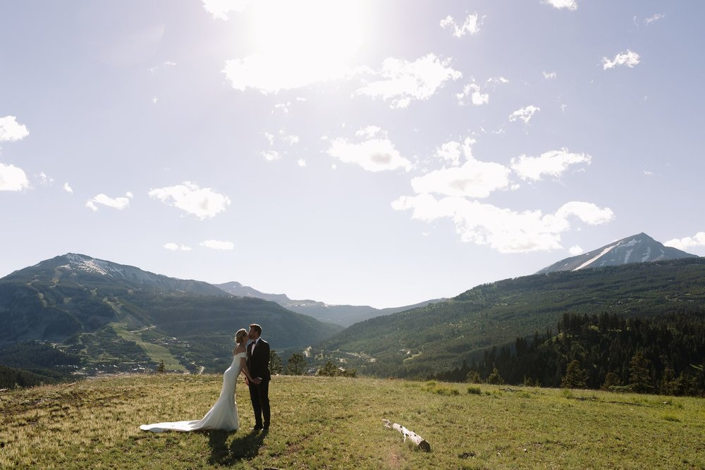 mountain wedding erin andrews jaret stoll carolina herrera