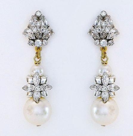 pearl earrings Erin cole accessories