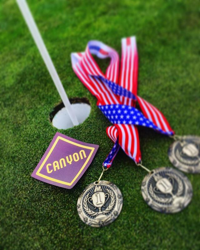 ⛳️ There are a lot of things we do really well here at Canyon. Obviously our edible game is on point but so is our golf game😜 Canyon took home 1st place at this year's @herogrown golf tournament in Las Vegas!! 🏌️ #thcsweetlife #weed #thc #cannabisinfused #co2 #edibles #cannabiscommunity #microdose #cbd #vegan #glutenfree #art #colorado #denver #happy #beauty #lollipops #love #weedmaps #leafly #dopemagazine #sensimag #sensilifestyle #customdosing #420 #hightimes #photooftheday #instagood #cute